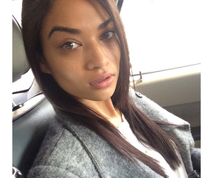 model and shanina shaik image