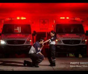 cruz roja paramedicoa image