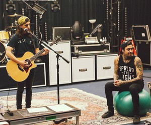 pierce the veil, tony perry, and vic fuentes image