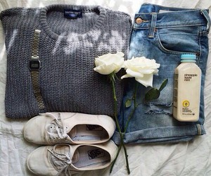 outfit, sweater, and fashion image