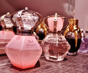perfume, pink, and 1d image