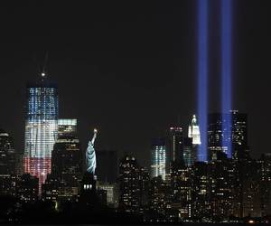 new york and twin towers image