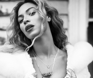 beyoncé, yonce, and mrs carter image