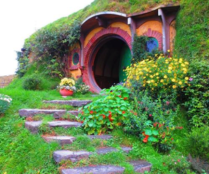 hobbit, house, and new zealand image