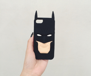 batman and iphone image
