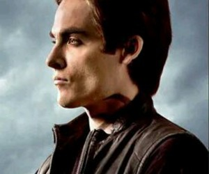 shadowhunters, alec lightwood, and kevin zeger image