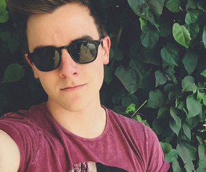Connor, youtube, and franta image