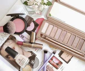 blush, fashio, and makeup image
