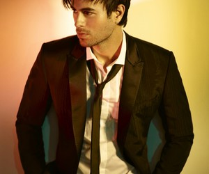 enrique iglesias and enrique image