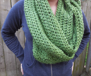 applegreen, infinityscarf, and chunkyscarf image