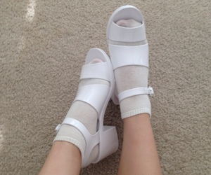 alternative, pale, and shoes image