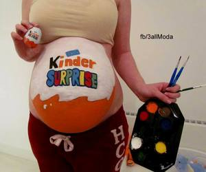 baby, kinder, and surprise image
