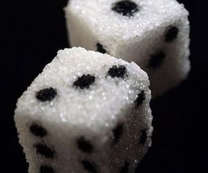 dice and sugar cubes image