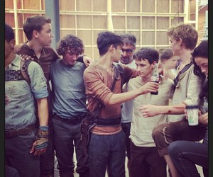will poulter, the maze runner, and thomas brodie-sangster image