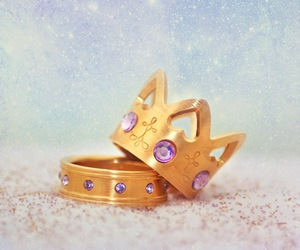 crown, photography, and ring image