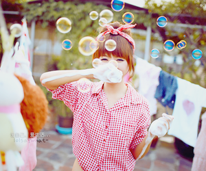 girl, bubbles, and korean image