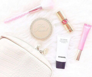 beauty, YSL, and bronzer image