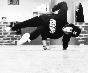 breakdance image
