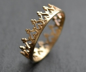 ring, jewelry, and Queen image
