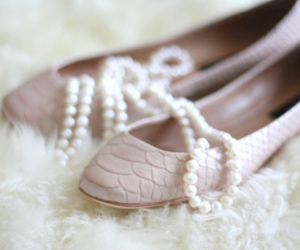 shoes, pearls, and lovely image