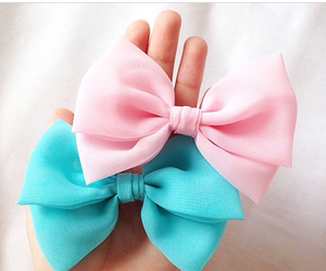 bows, girly, and hairbow image