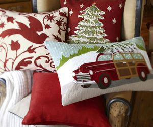 christmas, cozy, and pillows image