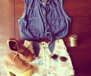 top, accesorios, and botines image