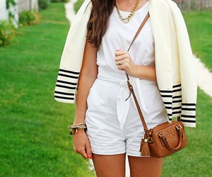blogger, girl, and sarah vickers image