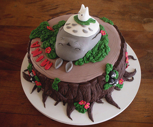 totoro and cake image