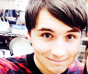 dan howell and danisnotonfire image