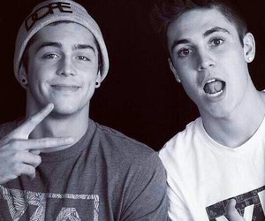 boys, cute, and magcon image
