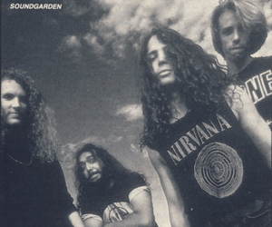 grunge, soundgarden, and 90s image