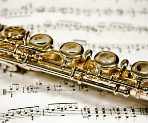 flute and love image