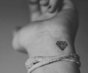 dark, diamond, and grunge image