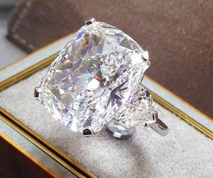ring, diamond, and jewellery image