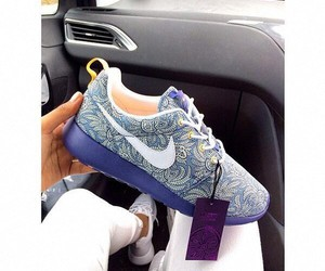 blue, nike, and iwant image