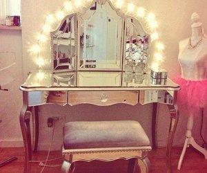 makeup, light, and girly image