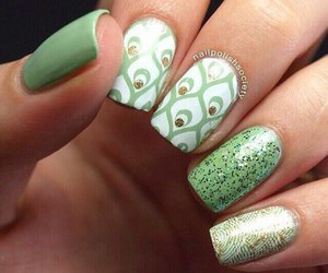 green, manicure, and nail art image