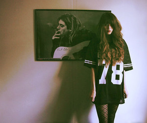 kurt cobain, girl, and grunge image