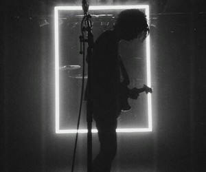 tumblr, lockscreen, and the1975 image