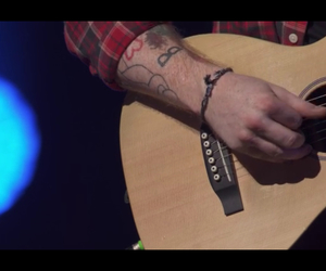 guitar, itunes festival, and Tattoos image