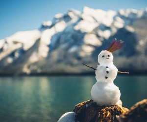 snow and snowman image