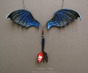necklace and toothless image