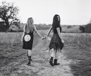 kylie jenner, friends, and black and white image