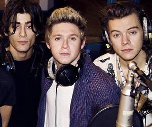 Harry Styles, niall horan, and zayn malik image