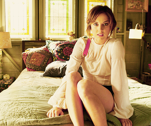 90210 and Jessica Stroup image