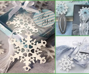 party favors, snowflake, and wedding favors image