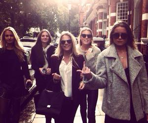 friends london girls image