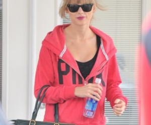 fit, healthy, and pink image