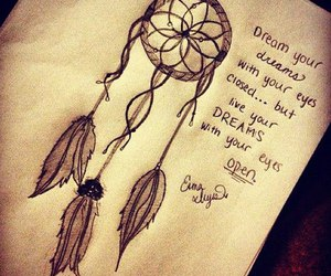 dream catcher, feathers, and soñar image